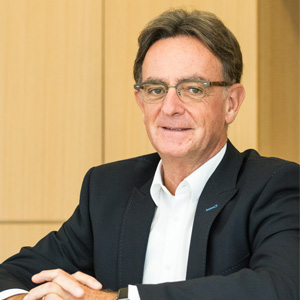 Dr. Jan Leuridan,SVP